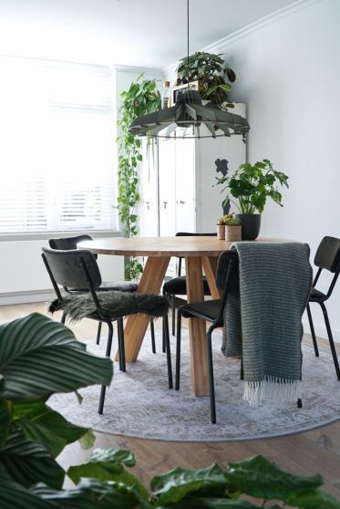 Maak je eetkamer compleet met een mooi vloerkleed